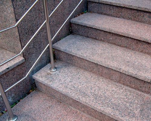 ступени гранитные